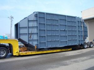 製缶部門(脱硝反応塔) 某清掃工場向、脱硝反応塔(特殊車両にて輸送)